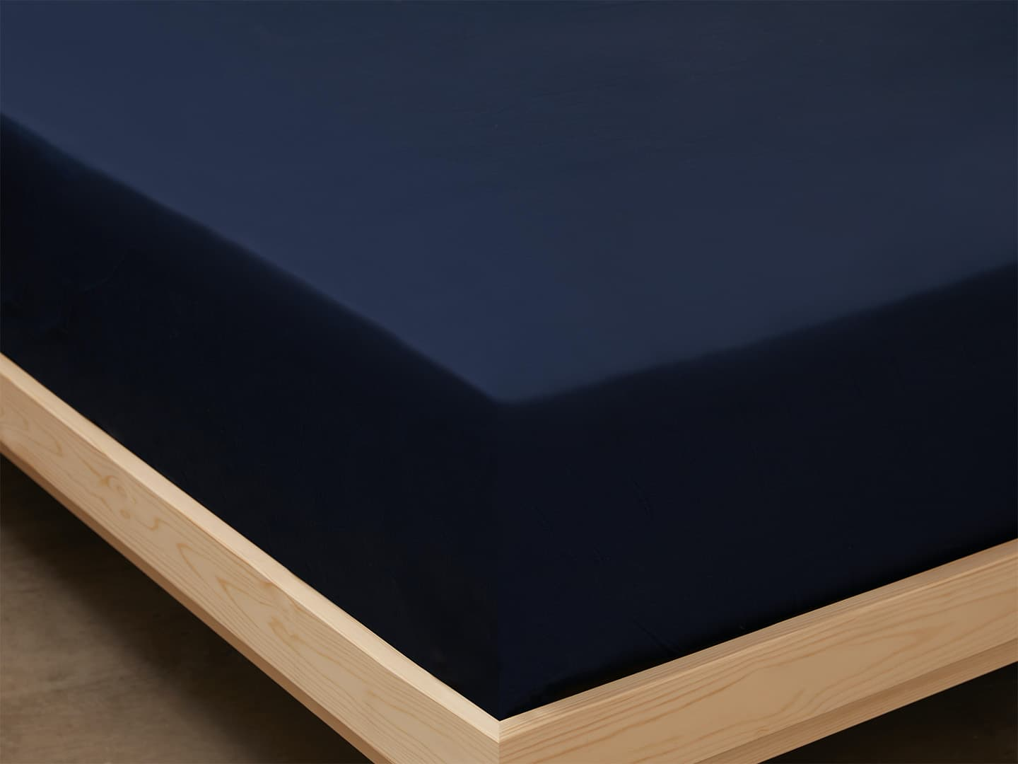 Fitted Sheet Lind - Midnight Blue in the group Bedding / Flat Sheets at A L V A (1134)